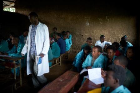 La scuola dell'integrazione | Un punto di dialogo fra le due etnie